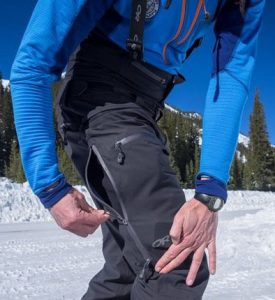hiking pants pockets